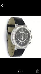 Срочно продам часы Swarovski